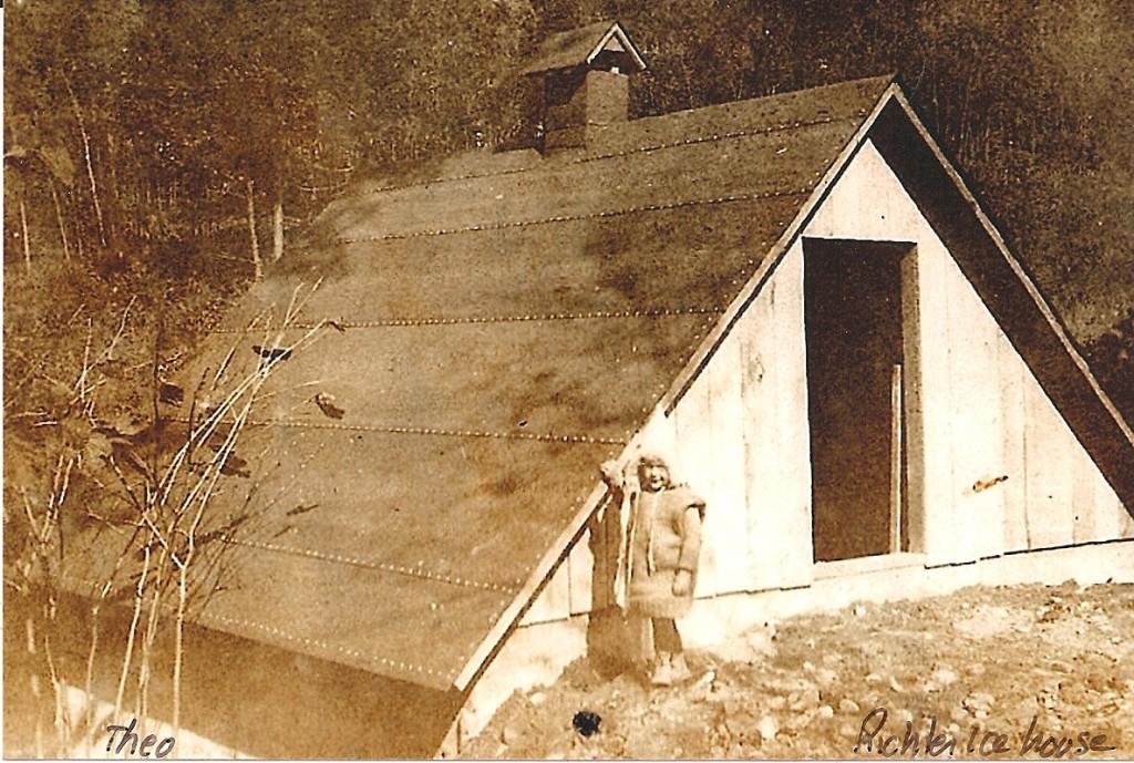 Richter Icehouse-1920